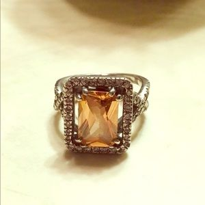 Jewelry - Large Peach Colored Stone Ring